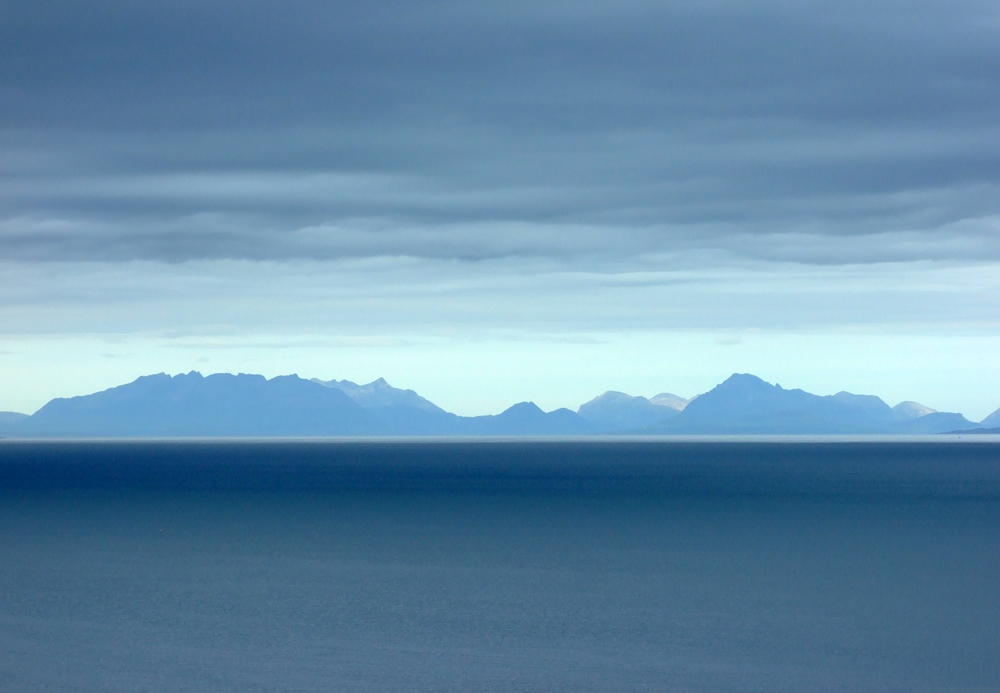 Over the sea to Skye!